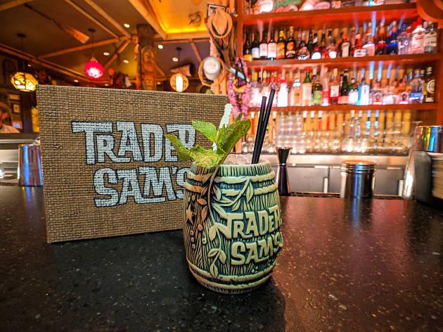 Best Disney food tiki bar Trader Sam's Enchanted Tiki Bar