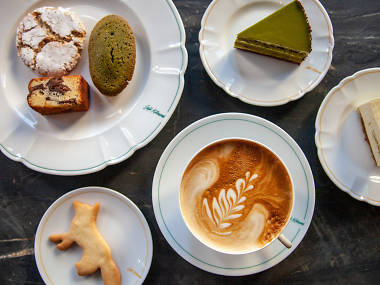 Café Kitsuné opens in New York with cakes from an acclaimed Japanese bakery