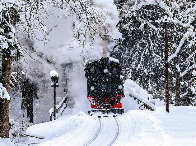The best Santa train ride close to NYC