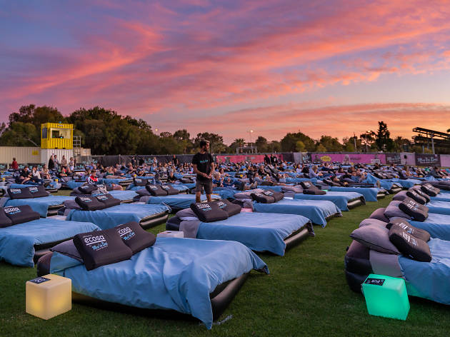 Mov'in Bed Outdoor Bed Cinema hero sunset