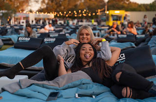 Mov'in Bed Outdoor Bed Cinema girls night