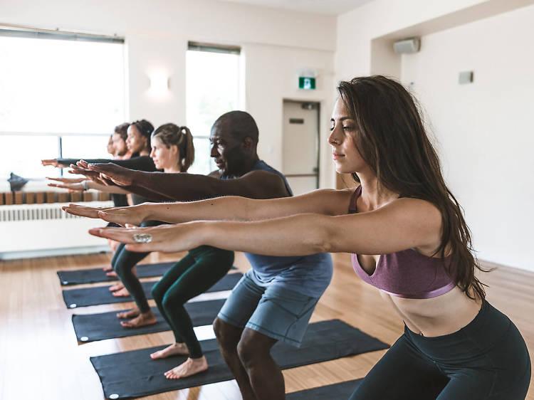 Hot Yoga chez Modo Yoga Paris