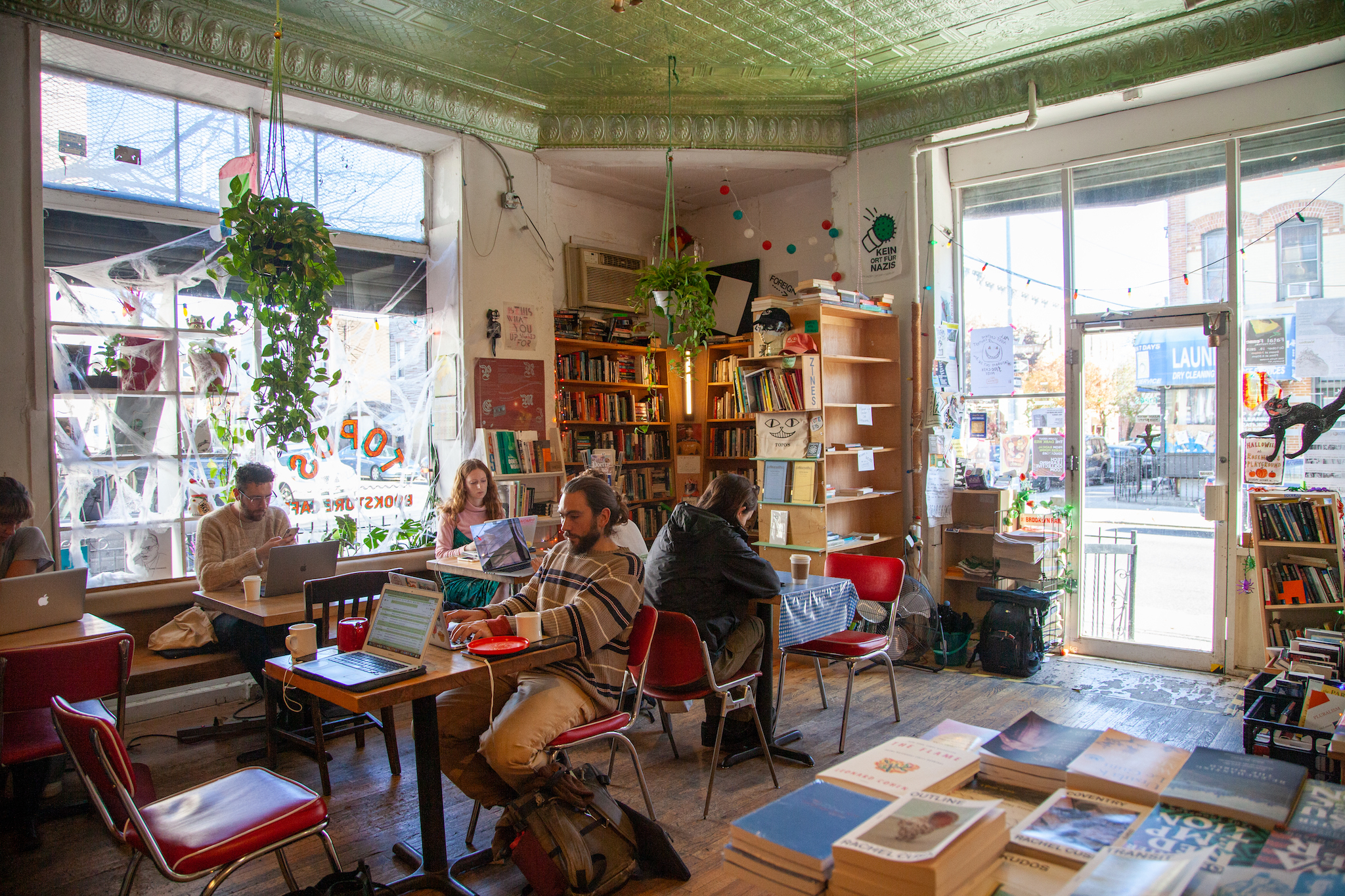 Topos Bookstore Cafe