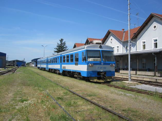 Croatia's first new railway in 50 years opens, offering a fast route between Bjelovar and Zagreb