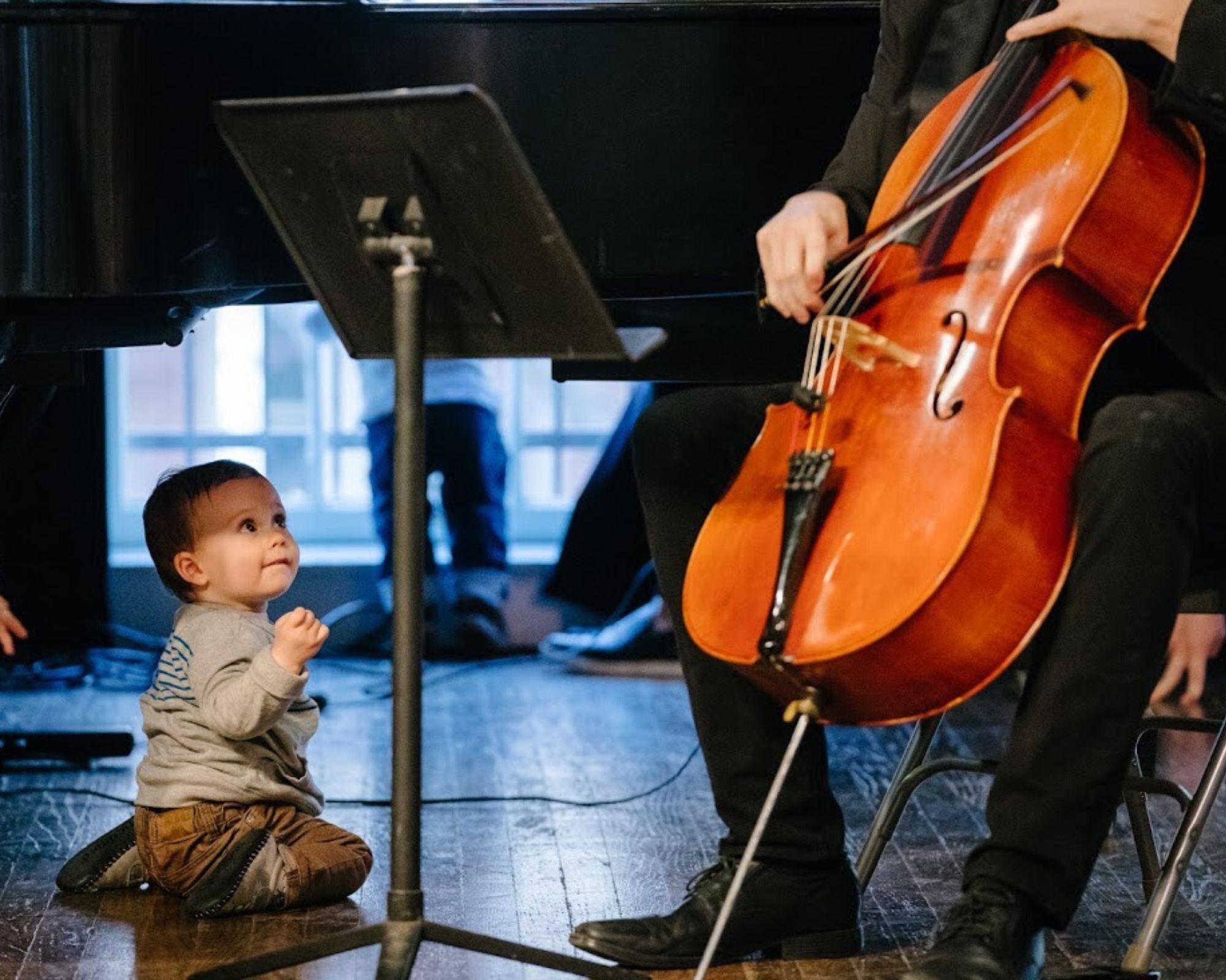 Mozart for Munchkins Cello Toddler