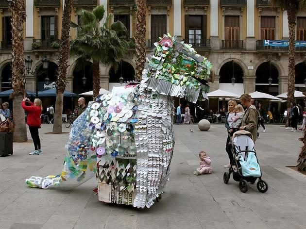 Mercat Drap-Art a la plaça Reial