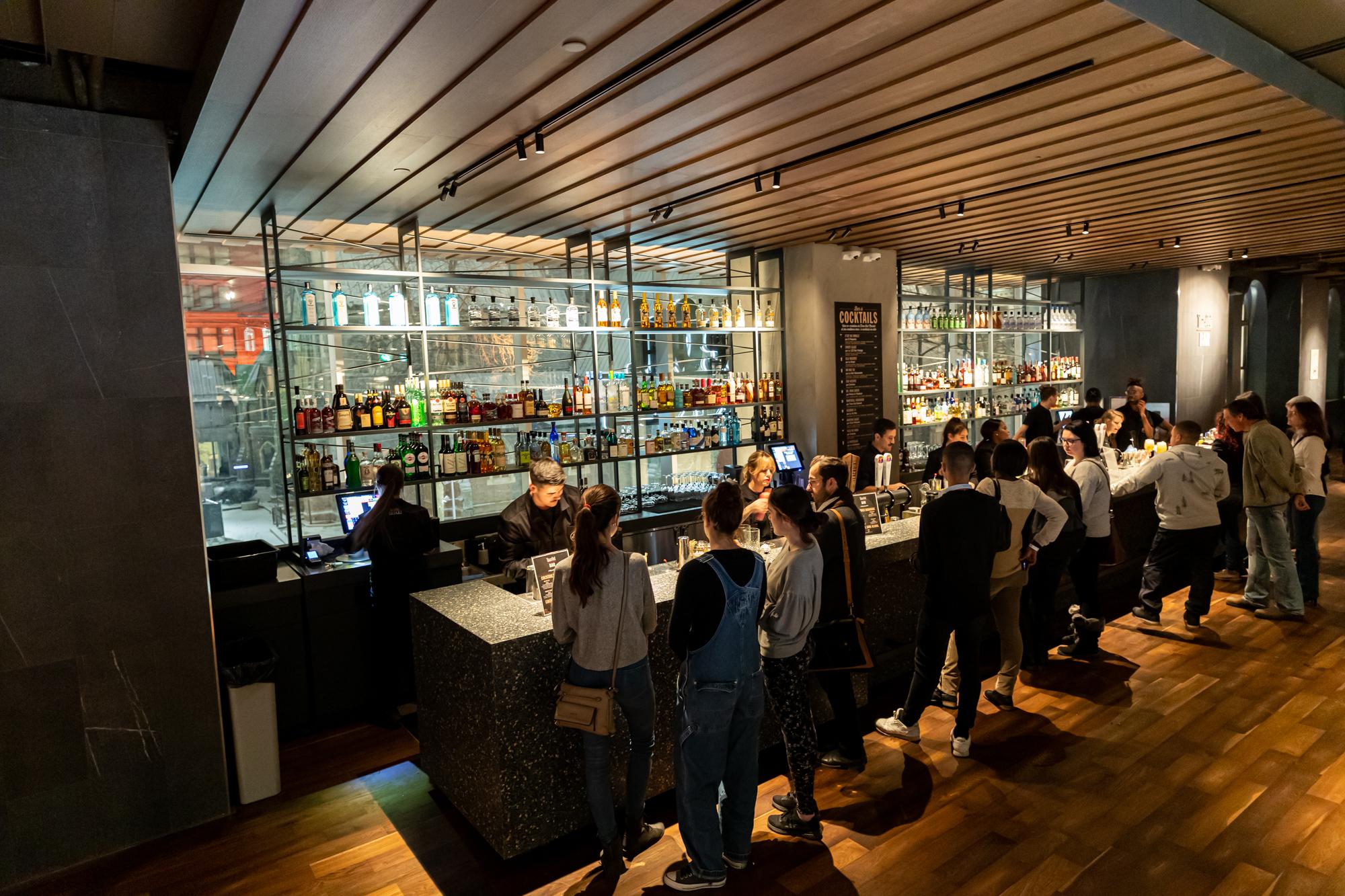 13 raisons pour prendre votre prochain verre au Time Out Bar