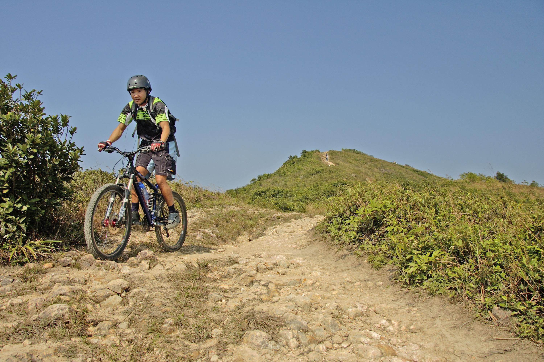mountain cycling_dragon back