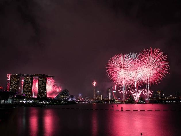 The best places to catch fireworks for free on New Year's Eve in Singapore