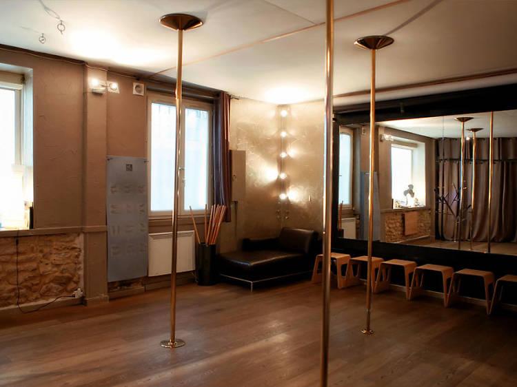 Pole Dance chez Pole Dance Paris