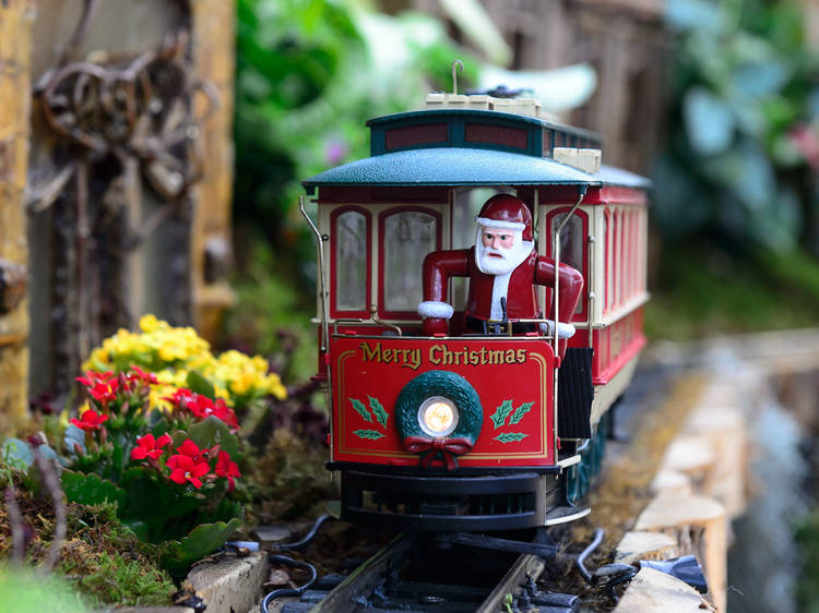 NYC's best holiday train shows