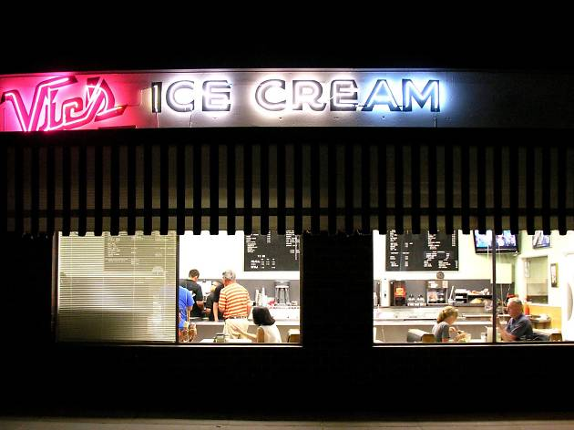 Vic's Ice Cream, Sacramento