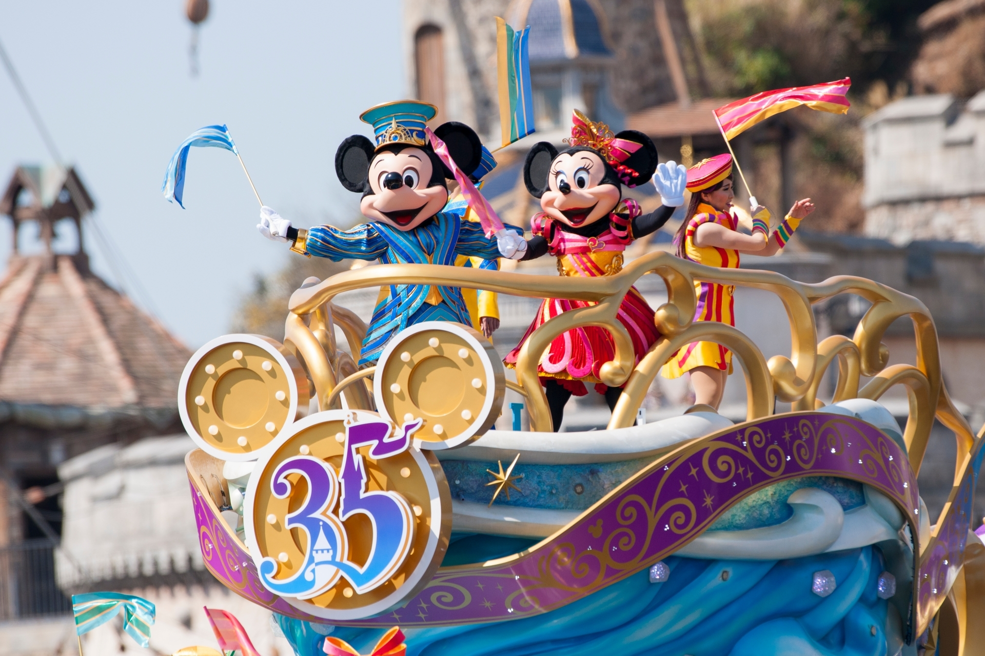 Tokyo Disneyland and DisneySea tips to make the most of your visit