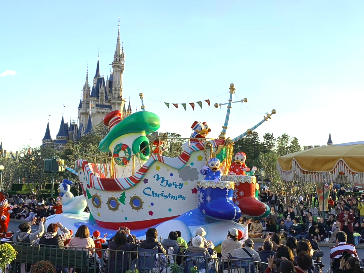 東京ディズニーランドと東京ディズニーシーが運営時間繰り上げへ