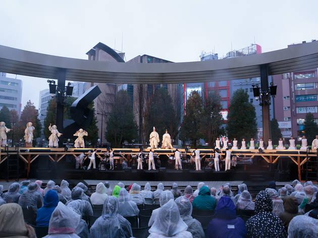 池袋西口公園に大型野外劇場がオープン、フルオーケストラコンサートにも対応