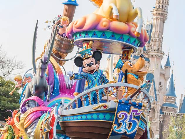Tokyo Disney Resort cancels Halloween and Christmas