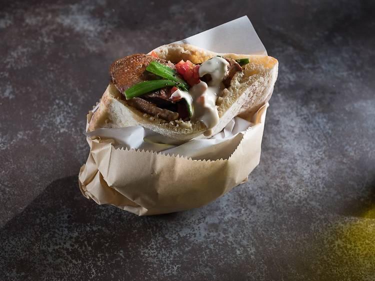 La pita kebab d'agneau de Miznon