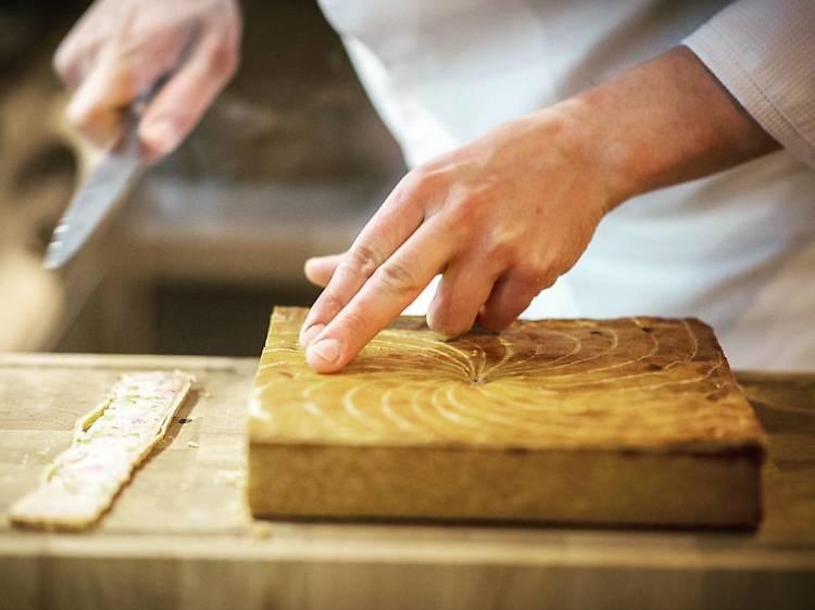Le pâté en croûte de volaille et foie gras de canard d'Arnaud Nicolas