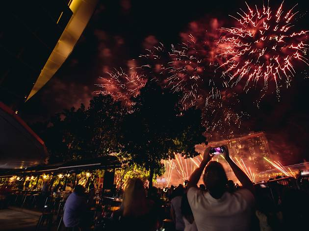 New Year S Eve Countdown Celebrations At The Pelican Restaurants In Singapore