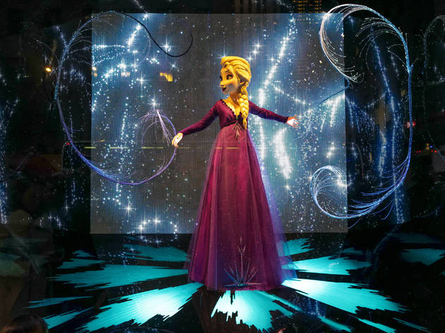 Catch Frozen-themed holiday windows