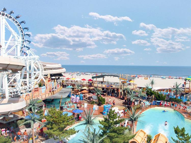 Water parks near NYC