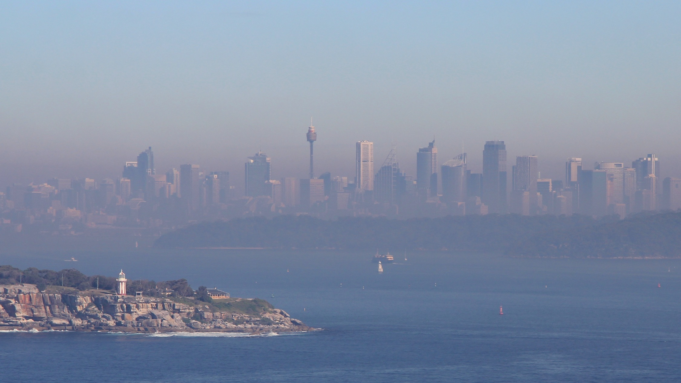 Here's how to protect yourself from Sydney's 'hazardous' air quality