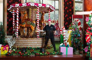 Shangri-La Sydney gingerbread carousel