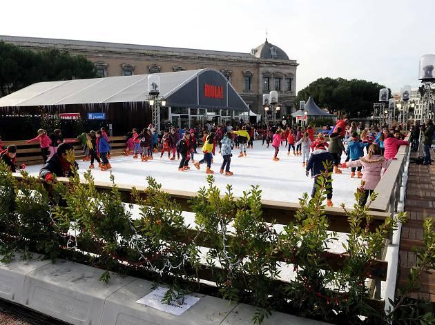 Pista de patinaje hielo de Colón ok