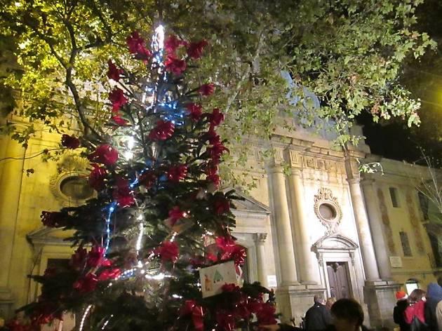 18a Festa de l'arbre de Nadal a la Barceloneta