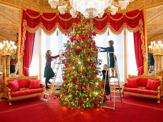 Windsor Castle has a super snazzy Christmas tree
