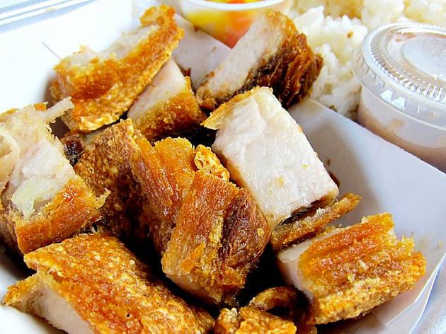 Filipino fish lechón