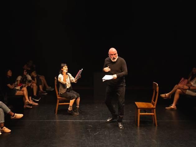 A Novel idea performance, Prologue