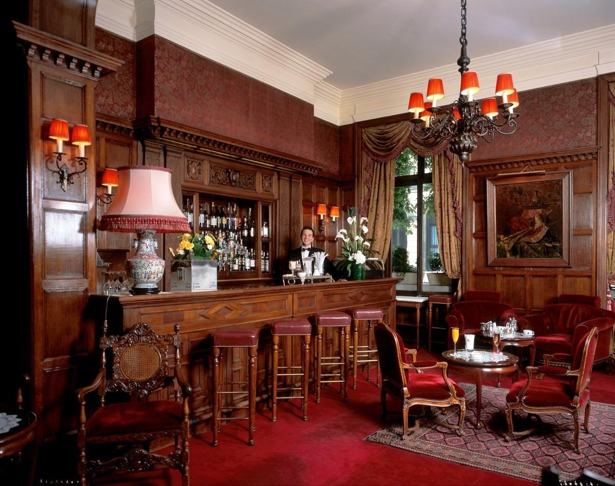 Le Bar Anglais du Raphael