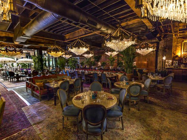 15 Romantic Restaurants In Chicago For Date Night