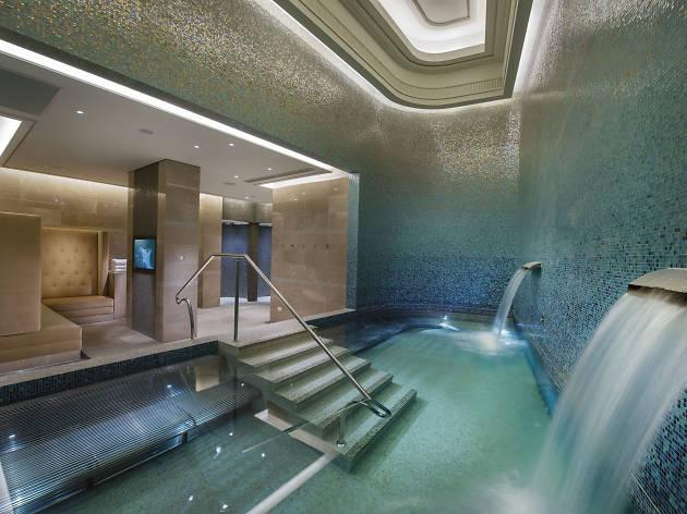 Indoor spa pool at Crown