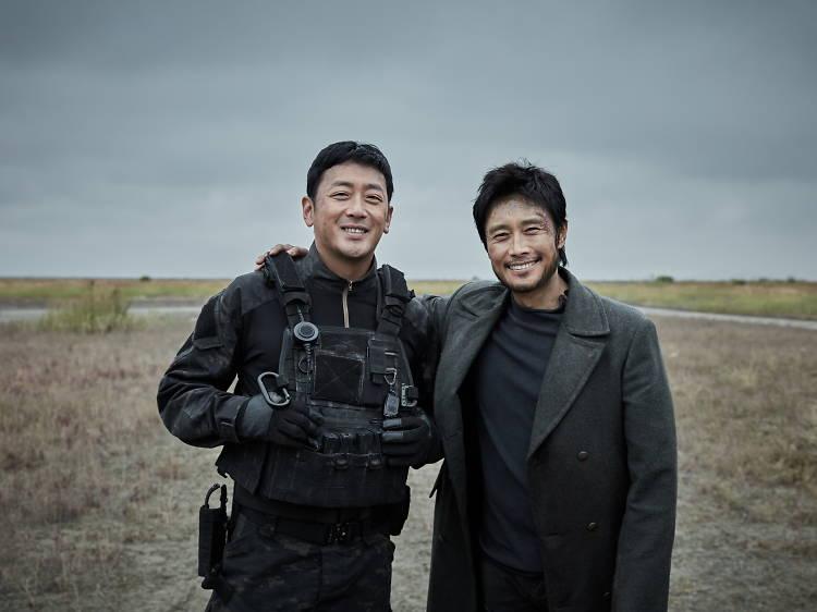 《白頭山:火山浩劫》:三大型男韓星拯救火山危機