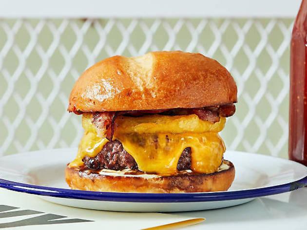 PNY offre des menus Charity Burgers à 1 € (avec frites et boissons) !