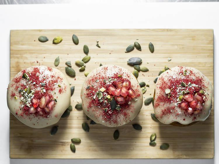 Cupcakes de noz moscada, gengibre, canela e abóbora do Berry