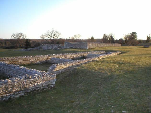 Nesactium ruins