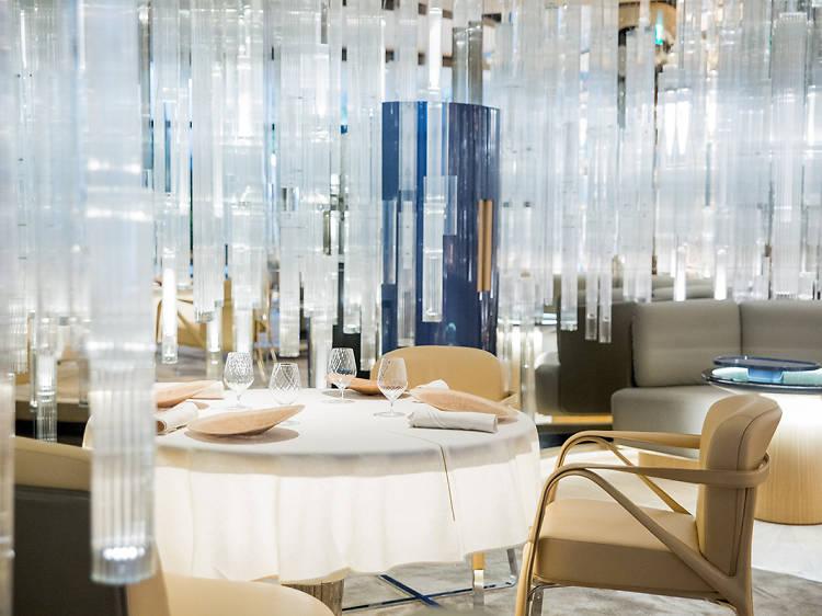 路氹東站:高級酒店食府