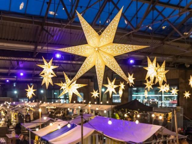 Christmas Under the Canopy Market