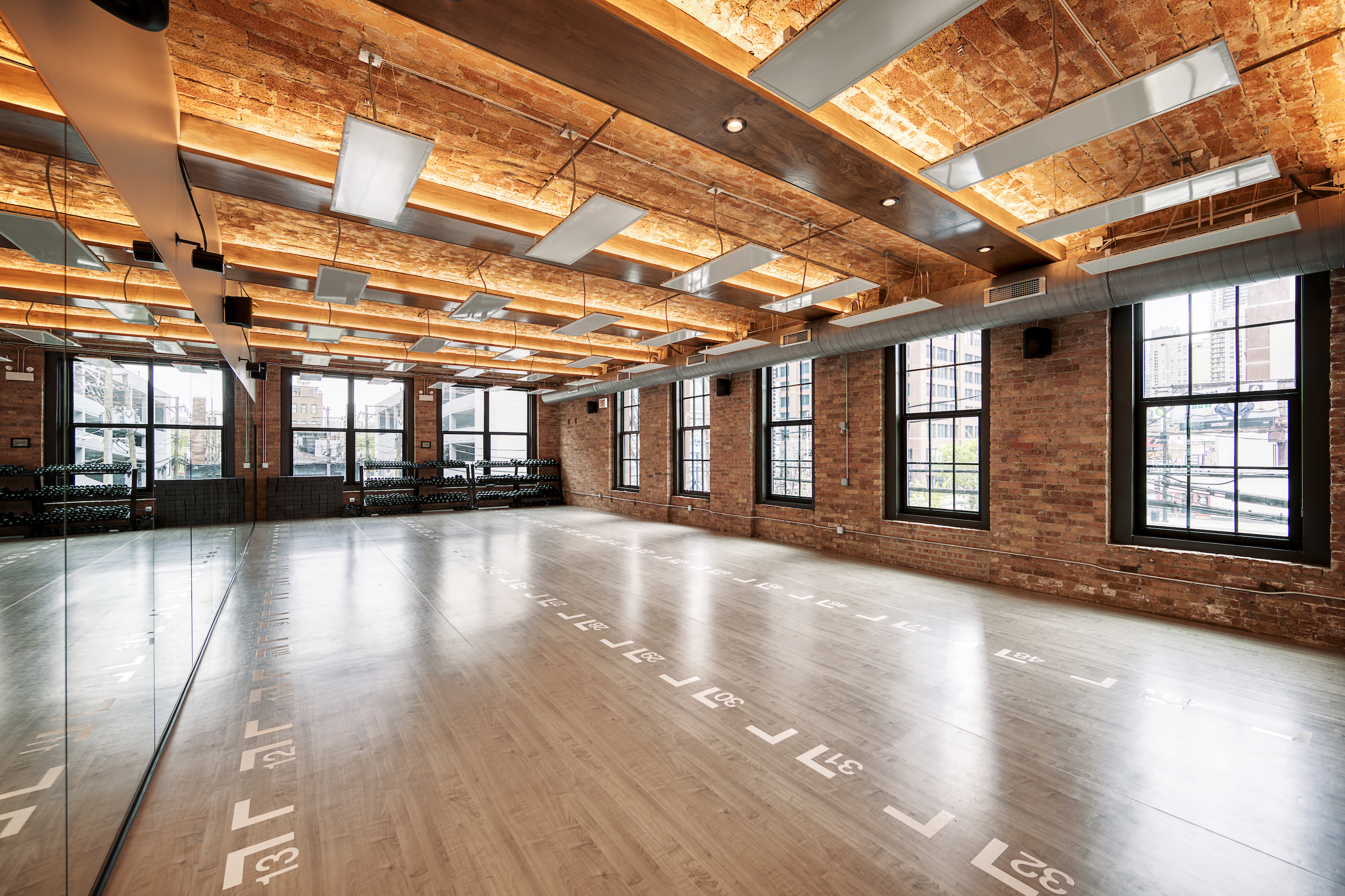 12 Amazing Yoga Studios In Chicago