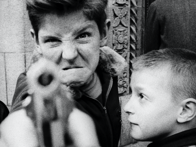 William Klein. Gun 1, Broadway 103rd St., New York, 1954