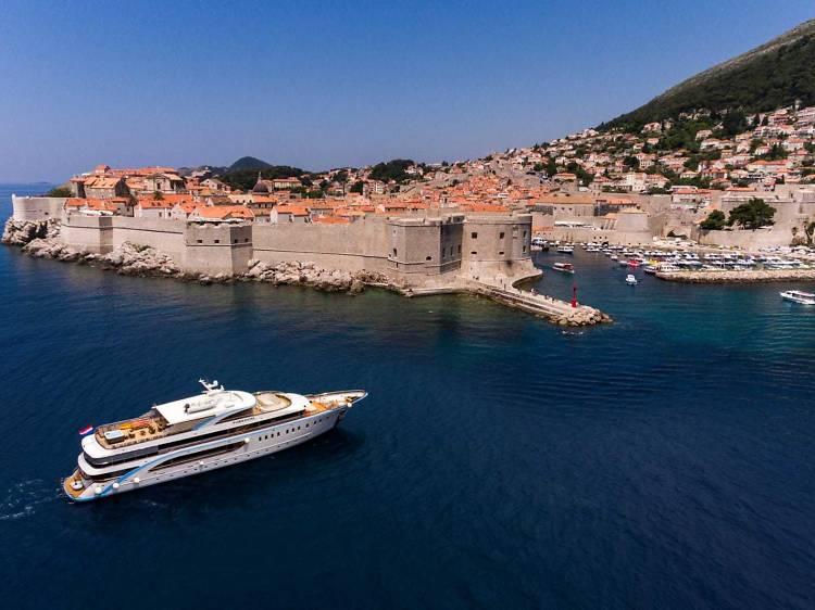 Croatia among world's top 10 destinations for super-yachts