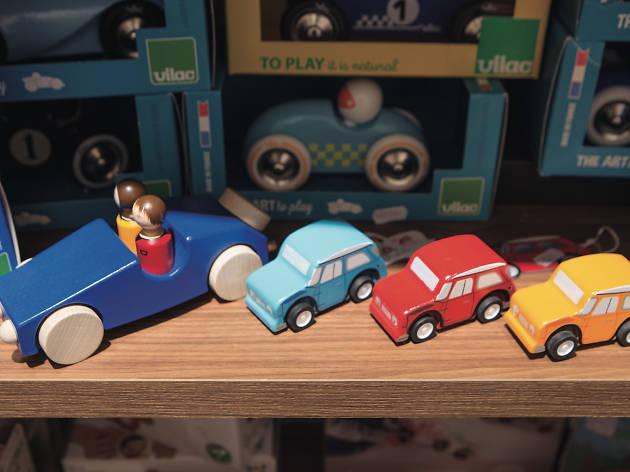 Tiendas de juguetes y juegos