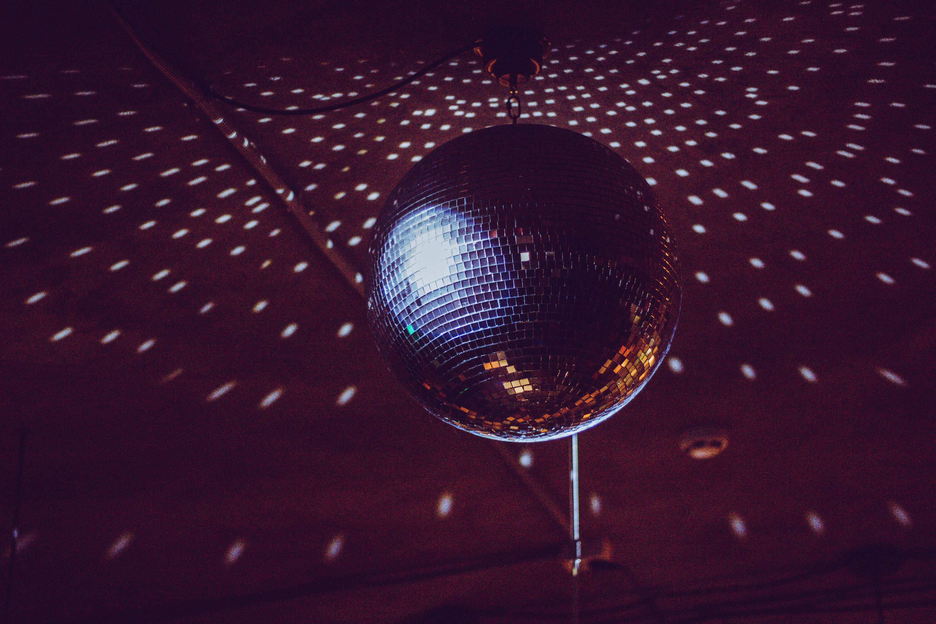 Disco ball, nightclub
