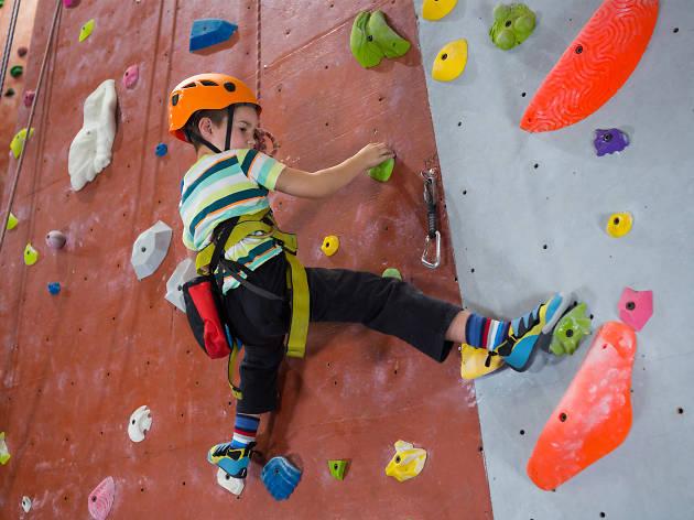 Los mejores muros de escalada para niños en la CDMX