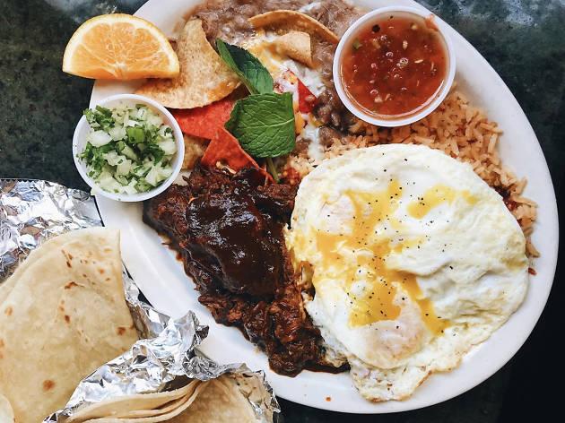 Foxy's Restaurant Glendale brunch