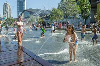 Darling Harbour water play