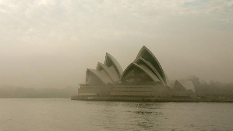 Sydney Opera House smokey CC 2020